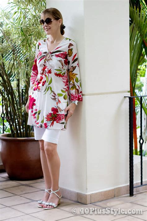 beach holiday outfits inspiration women 40