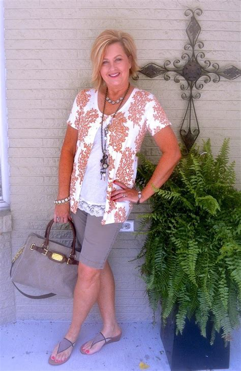 50 summer outfit shorts fashion 40 everyday woman