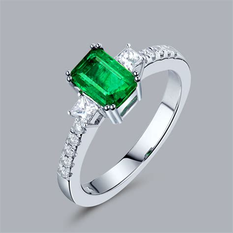 2015 emerald cut 5x7mm natural emerald diamond 14k
