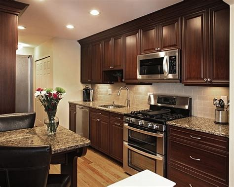 pair countertop colors dark cabinets