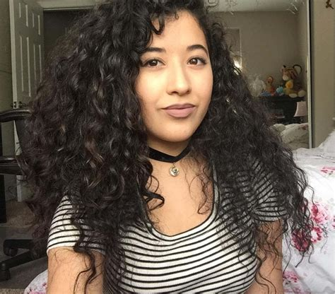 25 natural curly hairstyle designs ideas design trends