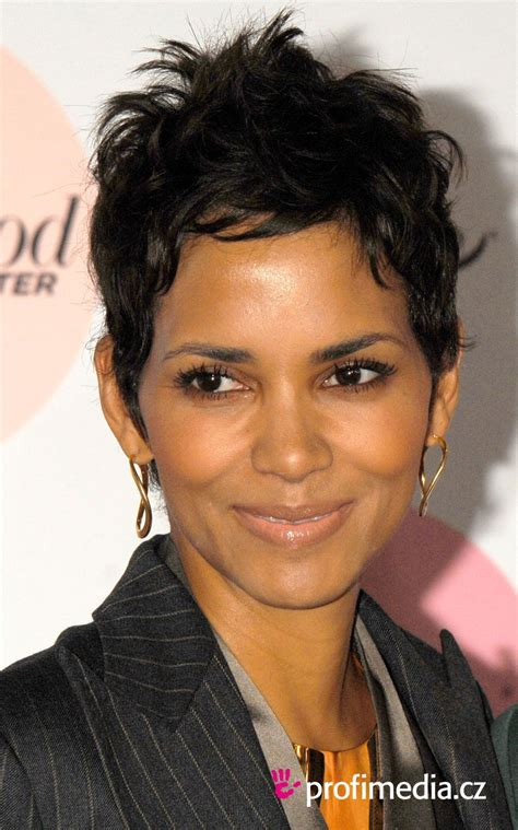 halle berry hairstyles prom hairstyle halle berry halle