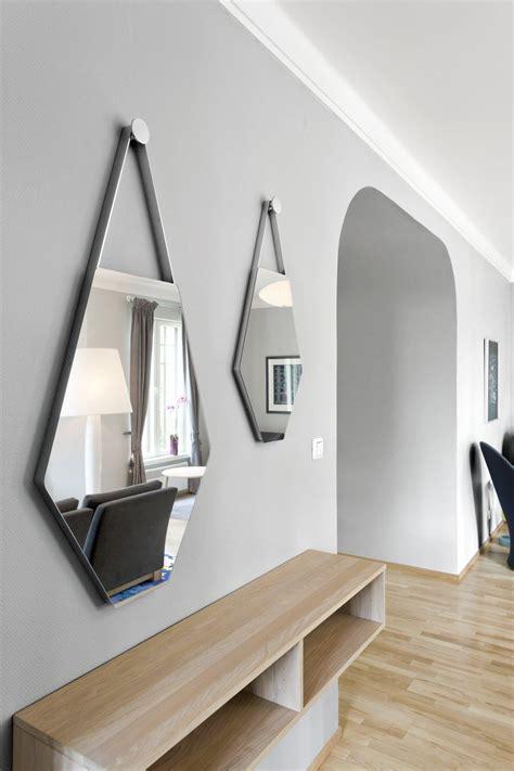 unique bathroom mirrors decor