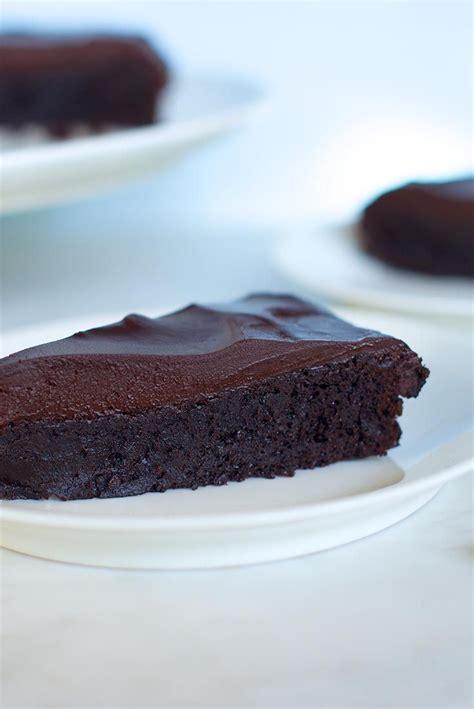 flourless chocolate cake recipe flourless chocolate cakes flourless