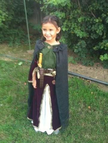 pin cinda cbell renaissance fair costume girl halloween