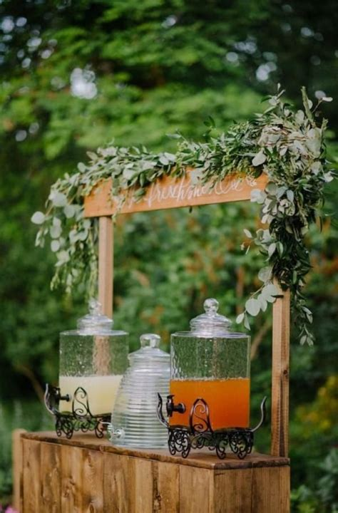 35 rustic backyard wedding decoration ideas gartenhochzeit rustikale