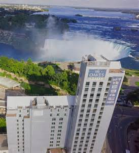 book oakes hotel overlooking falls niagara falls canada