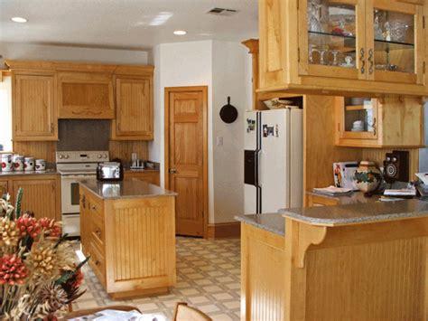 kitchen paint colors maple cabinets kitchen cabinet color