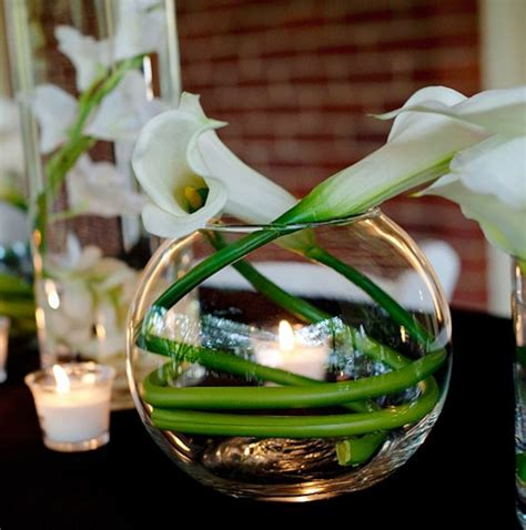 simply stunning flowers lily centerpieces calla lily wedding