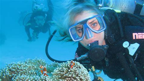 great barrier reef scuba diving great adventures cruises