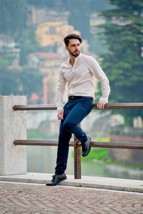 smart casual street style simple significant stile uomo