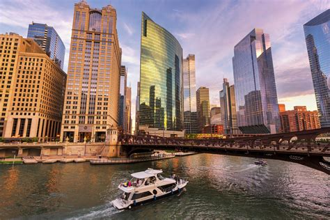 fast facts chicago illinois