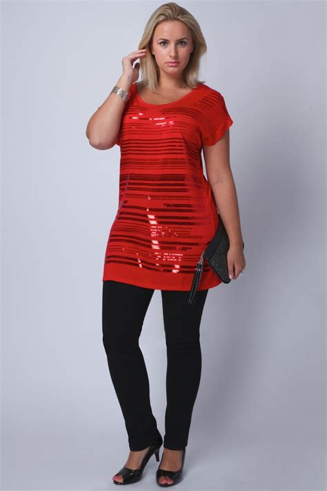 Holiday Outfits For Women Over 50