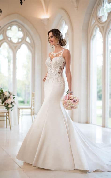 wedding dress wear zodiac sign pretty happy love
