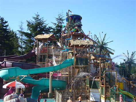wild waves theme park wikipedia