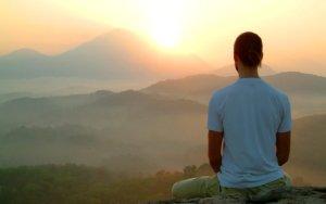 Meditar é não pensar?