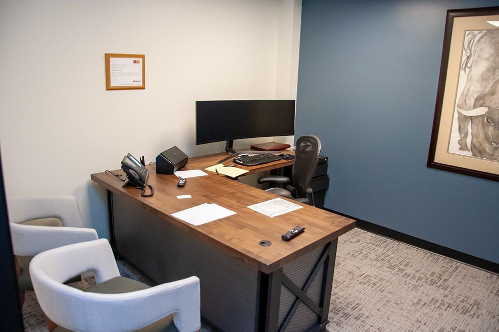TSG Wealth Management Irvine Single Desk Office