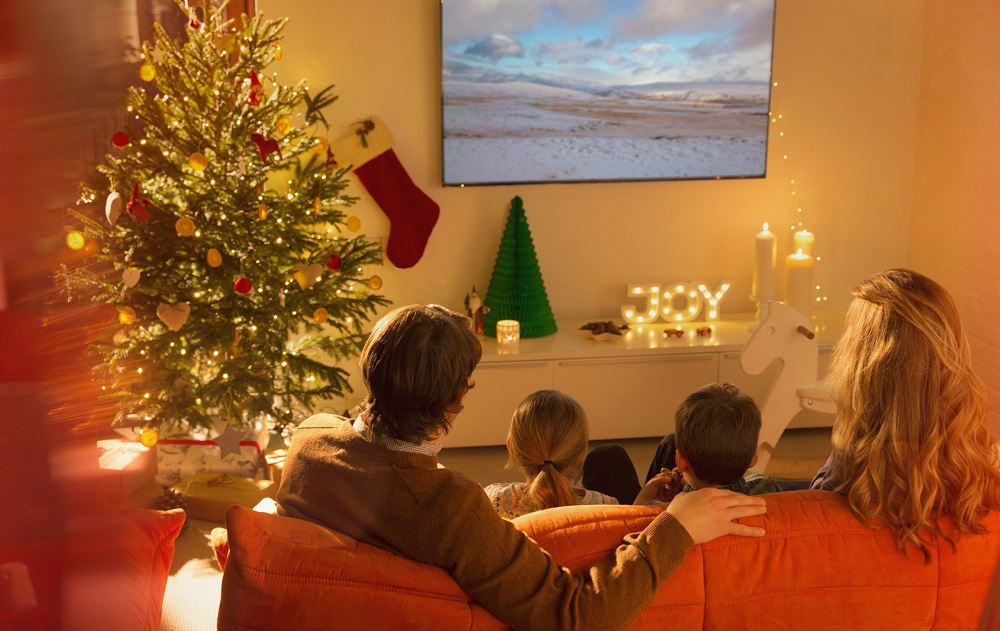 Best-christmas-movies-with-family-2020
