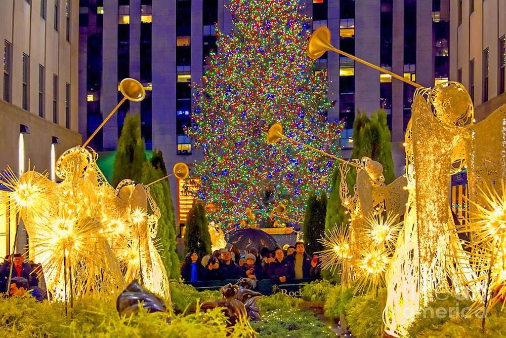 Joining-a-tree-lighting-ceremony-is-one-of-the-fun-Christmas-outdoor-activities-to-create-magical-moments