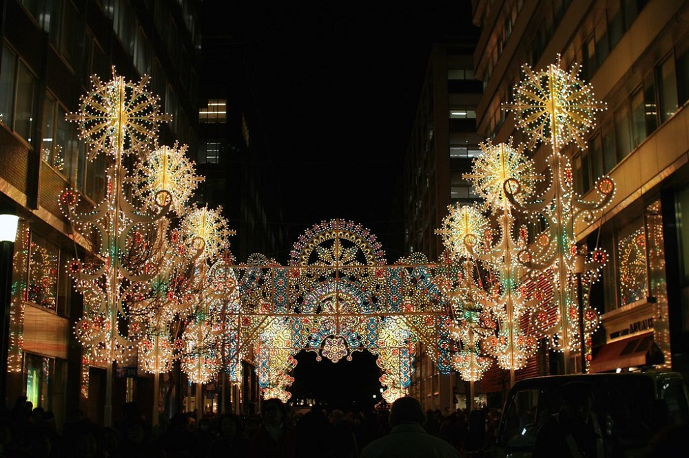 Tokyo-Millenario-is-full-of-twinkling-lights-during-Christmas-celebrations
