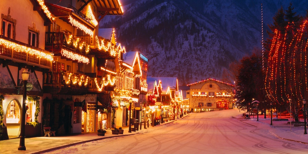 Visiting-Christmas-town-one-of-the-great-Christmas-outdoor-activities-bring-you-happy-moments