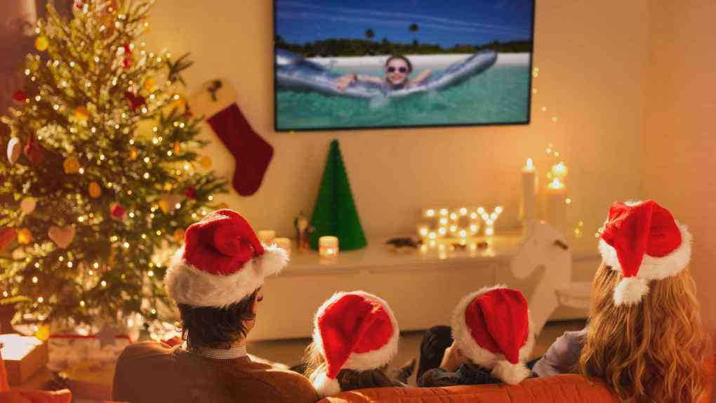 Watch best christmas movies with your family