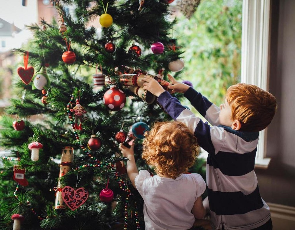 christmas-tree-ornaments-to-decorate-the-house