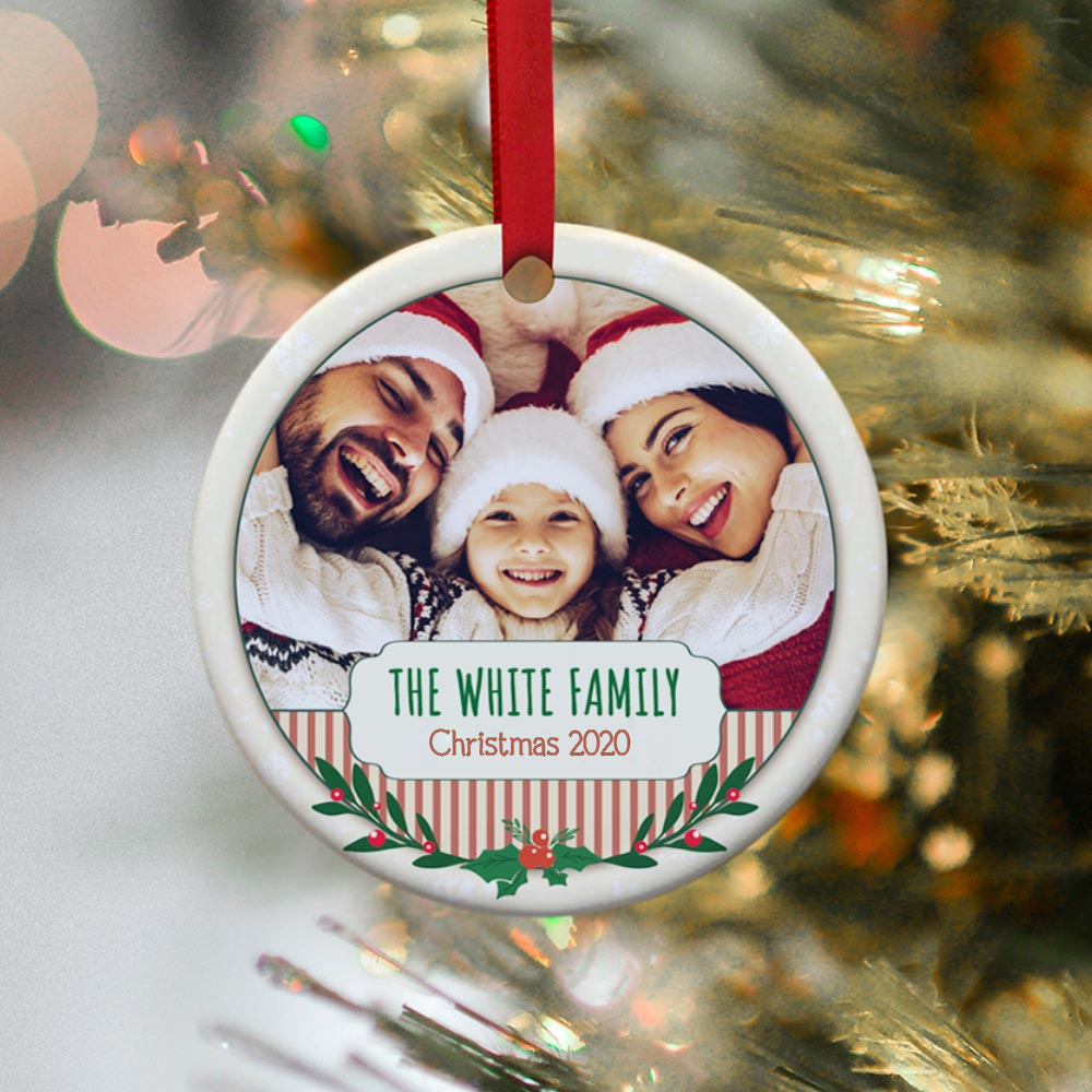 christmas-tree-ornaments-with-photo-family-on-it