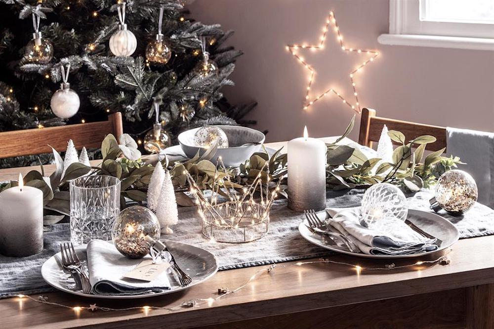 When it comes to Christmas table settings, lights are indispensable