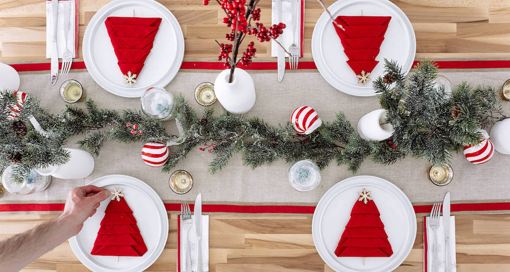 Christmas table setting ideas will help you have a memorable holiday