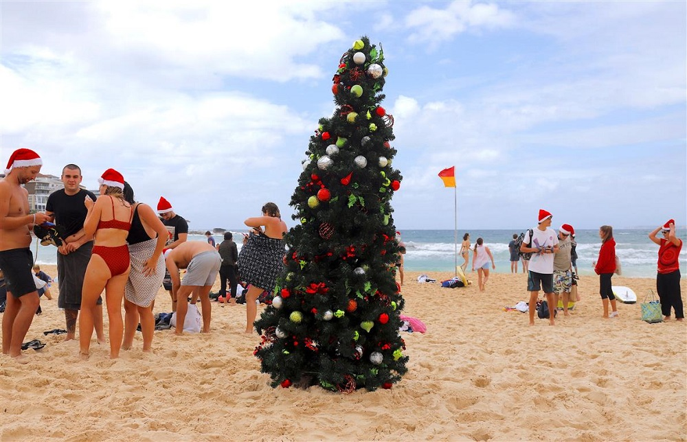why christmas is celebrated in summer in australia every year