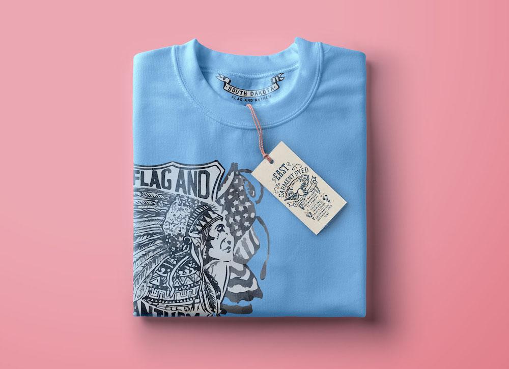 A-folded-t-shirt-How-to-wrap-a-shirt