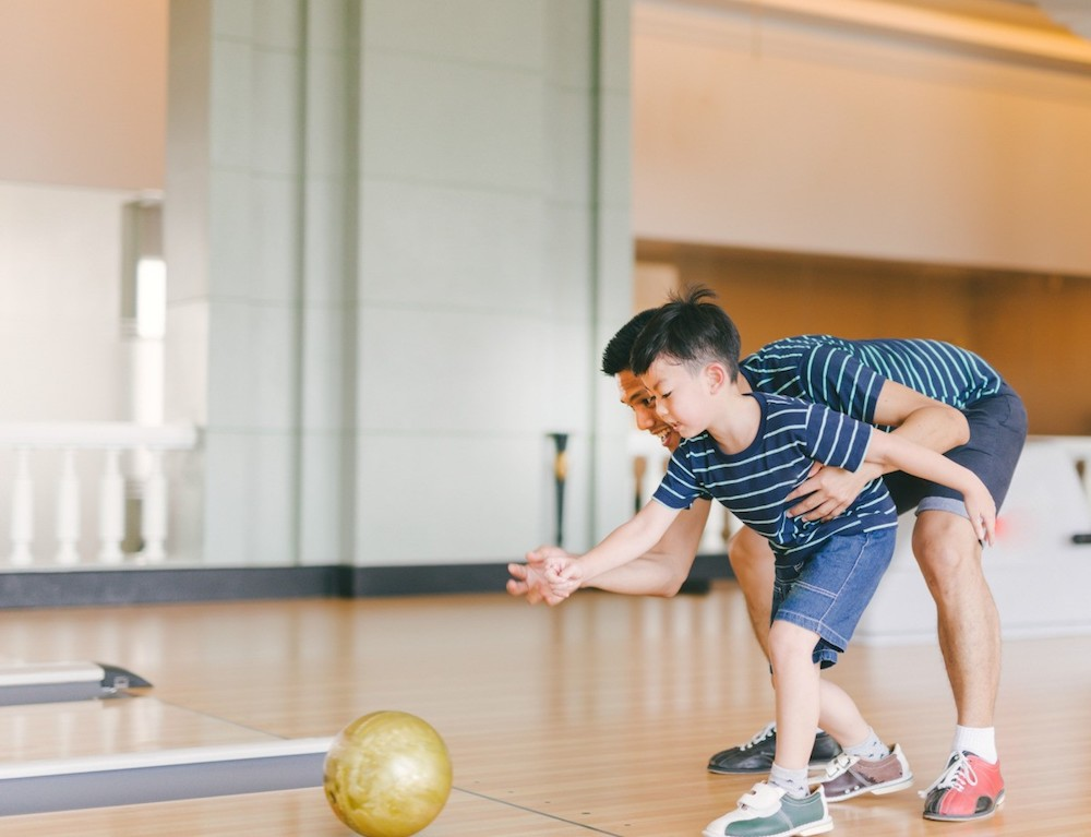 How-Do-You-Celebrate-Fathers-Day-What-about-go-bowling
