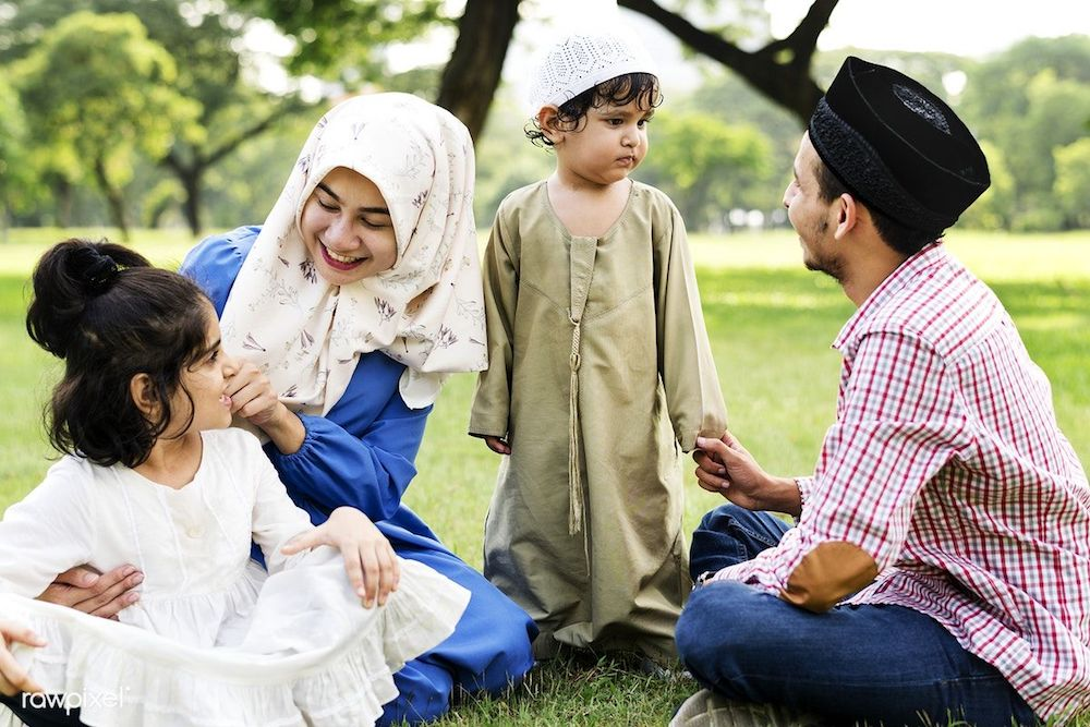 Many-peopl-argue-that-Can-Muslim-Celebrate-Fathers-Day-