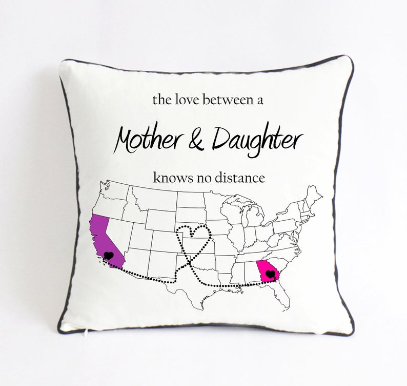 long-distance-mom-daughter-pillow-cool-gift-ideas-for-mom-from-daughter