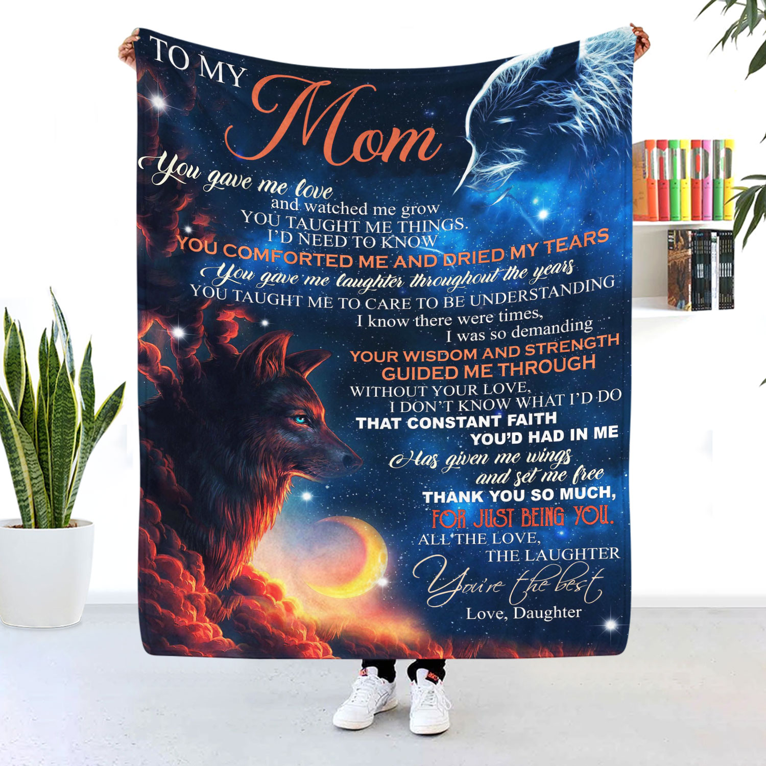 To My Mom You Gave Me Love And Watch Me Grow Wolf Blanket