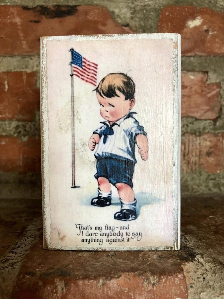 Vintage Farmhouse 4th of July Home Decor- best Independence Day gift for dad.
