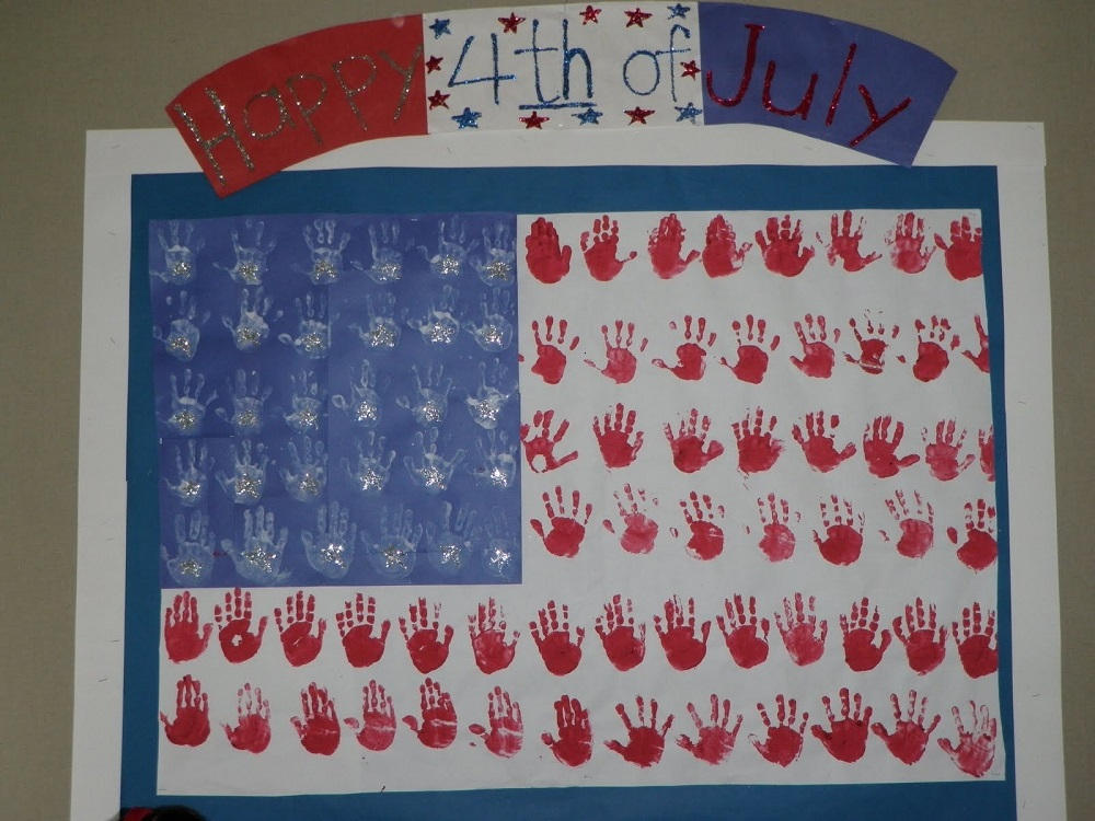 how to decorate the school for Independence Day