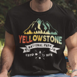 Offical Yellowstone National Park T Shirt Estd 1872