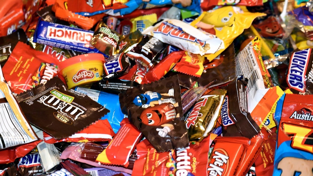 What is the most popular Halloween candy and fun Halloween facts?