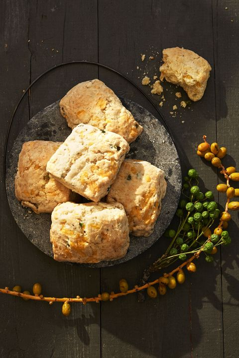 Fluffy Apple-Cheddar Biscuits- cool food ideas for Thanksgiving