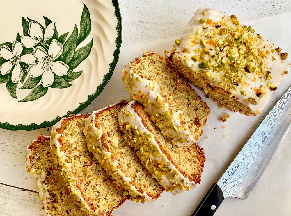 holiday cakes for Thanksgiving - Pistachio Pound Cake
