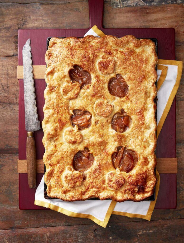 Salted Caramel-Apple Slab Pie- cool Thanksgiving desserts