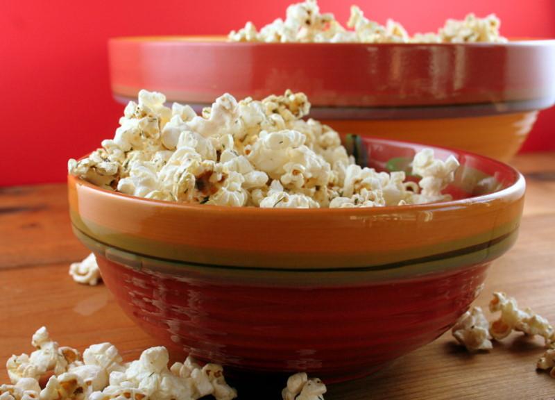 Thanksgiving Popcorn - unconventional Thanksgiving dinner