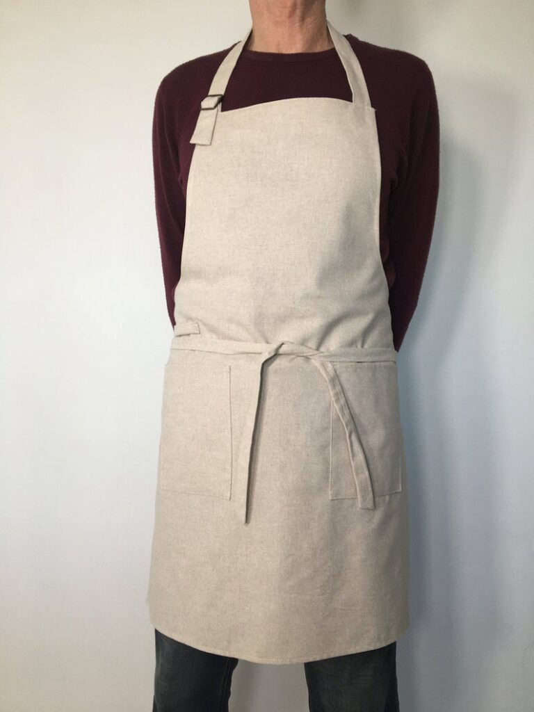 Universal Apron - Great Thanksgiving gift ideas for boyfriends