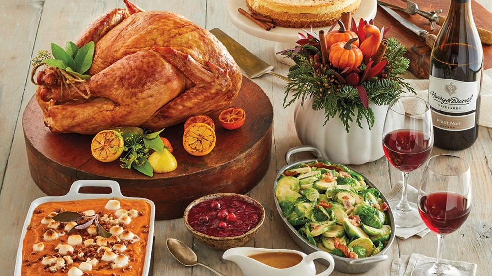 What to do on Thanksgiving without family