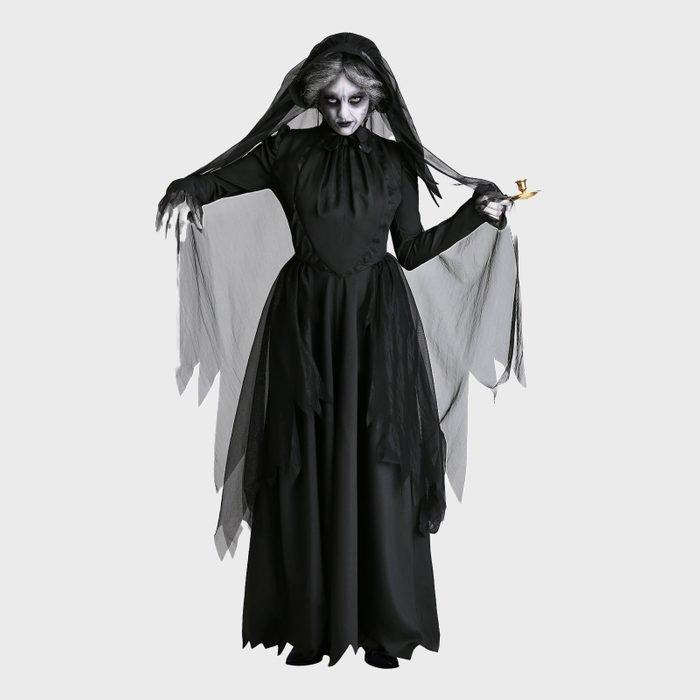 Lady in black costume