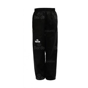 TA 1074 ΠΑΝΤΕΛΟΝΙ DAEDO | Μαύρο παντελόνι εξαιρετικά φαρδύ με λάστιχο στη μέση. Ύφασμα από.Σύνθεση: 65% πολυεστέρας, 35% βαμβάκι.