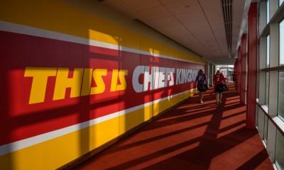 Kansas City Chiefs Ambassadors Visit Camp Quality
