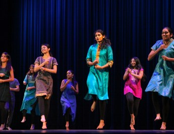 Annual gala highlights 5C international students through performance